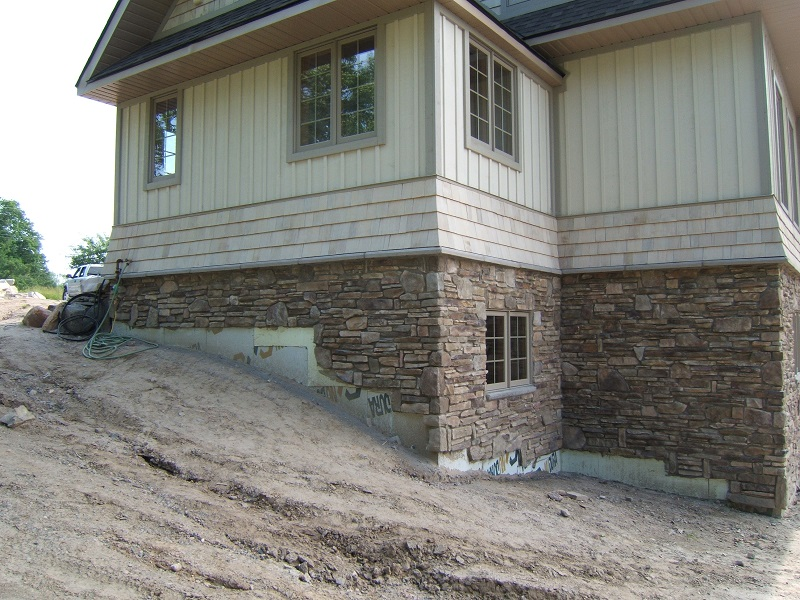 Cultured stone on foundation of Parry Sound cottage.