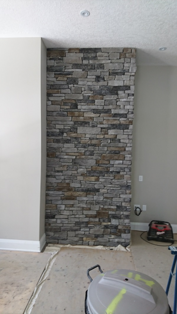 Stone Veneer Accent Walls With A Dry Stacked Stone Veneer